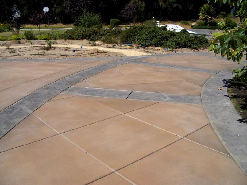 Large Tile Driveway - Slate Border 1