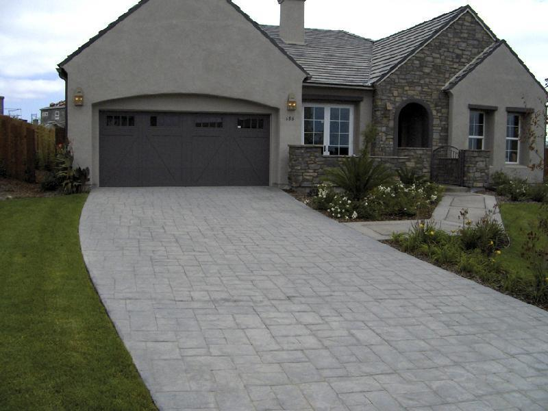 Ashlar Pattern Driveay - Gray