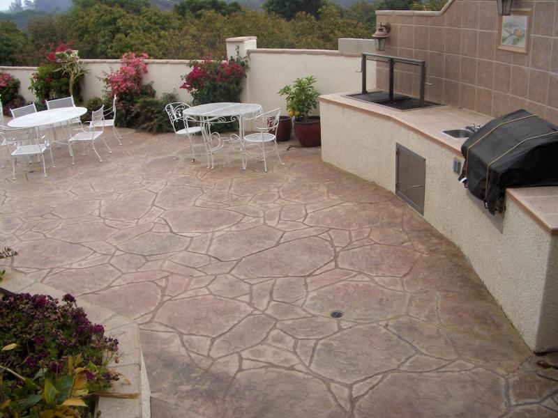 Large Patio in Browns