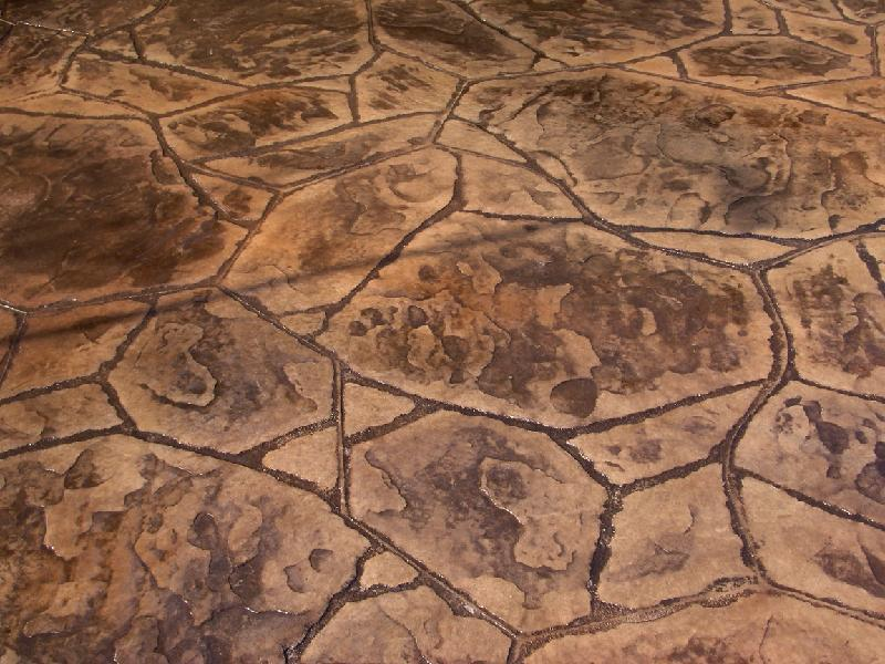 Flagstone Patio Detail - Brown/Red